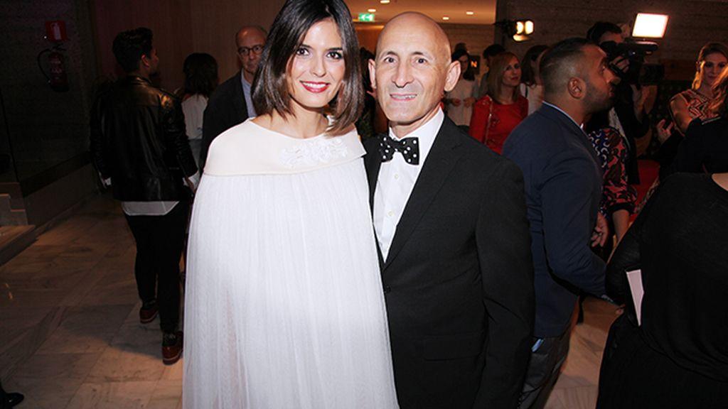 María Reyes y el diseñador Modesto Lomba
