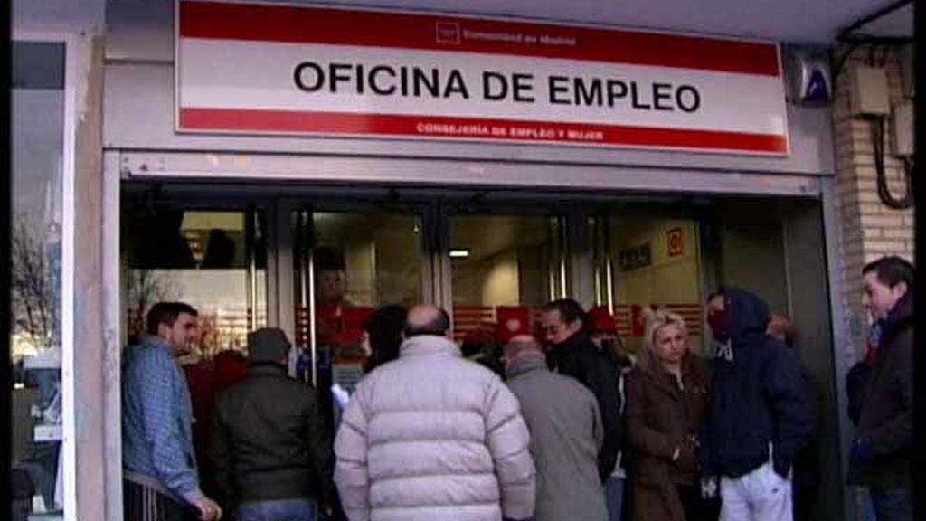 El paro sube por tercer mes consecutivo y llega a 4.085.976 desempleados