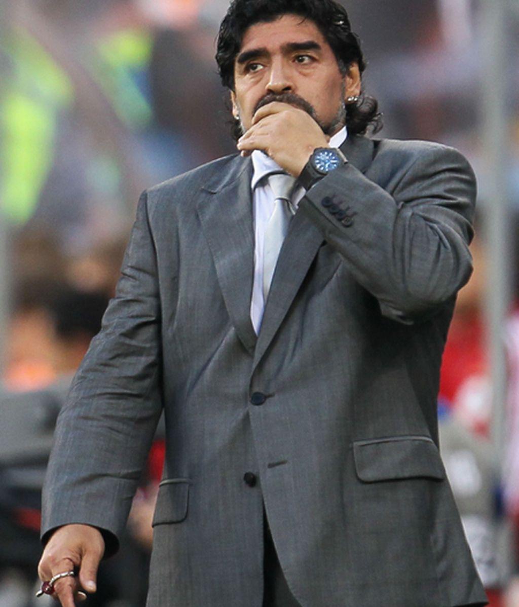 Alemania calla a Maradona