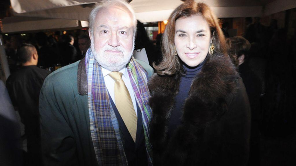 Juan Luna y la escritora Carmen Posadas