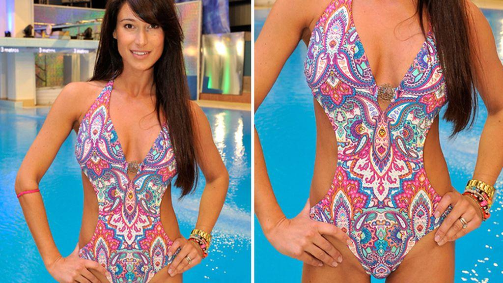 Sonia Ferrer: trikini estampado con brazalete de regalo