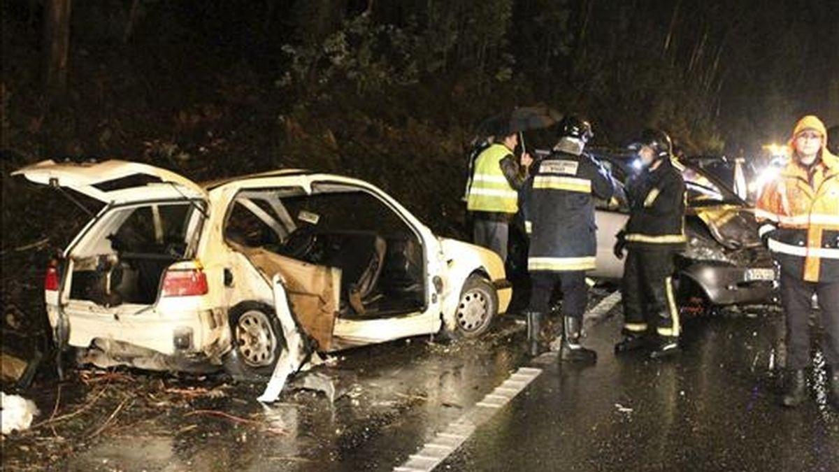 Siete personas han muerto en seis accidentes de tráfico mortales en las carreteras españolas, desde las 15:00 horas de ayer a las 20:00 horas de hoy. EFE/Archivo