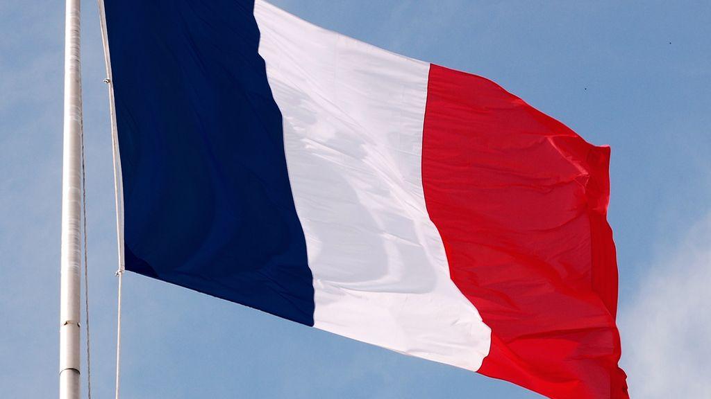 Fitch retira la 'triple A' a Francia