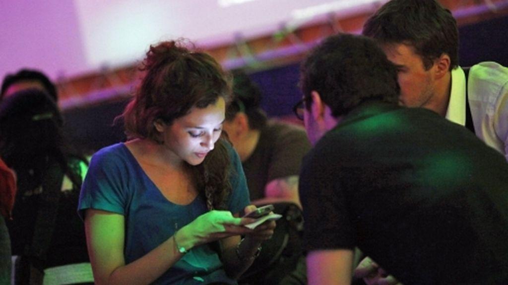 Las relaciones virtuales se imponen a las personales