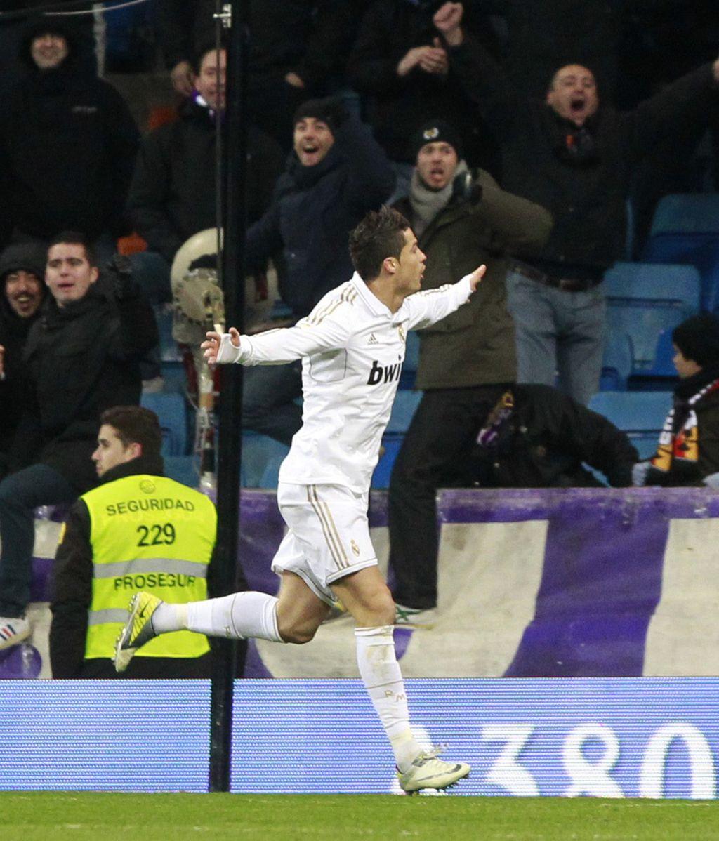 Cristiano Ronaldo celebra uno de sus goles frente al Levante