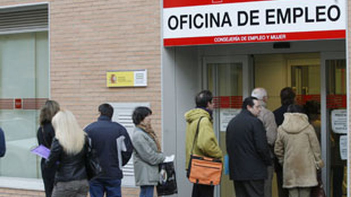 Bruselas avisa de que el paro en España alcanzará el 20,5% en 2011. Foto: EFE.