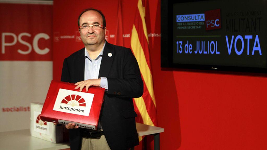 """Miquel Iceta presenta 4.321 avales con el objetivo de """"arremangarse"""" por el PSC"""