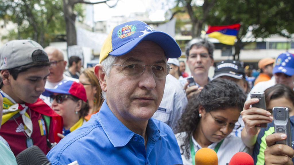 Detenido el alcalde metropolitano de Caracas, el opositor Antonio Ledezma