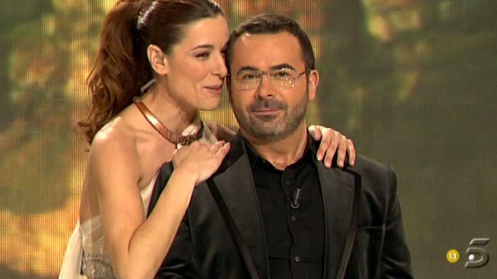 Raquel  y Jorge han llegado realmente elegantes