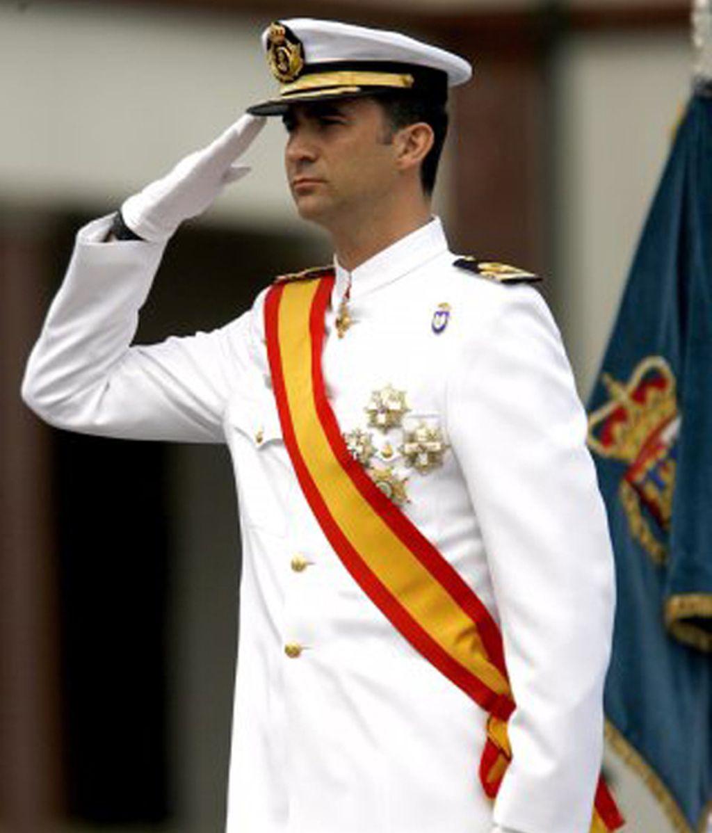 La formación integral del heredero a la corona: la carrera militar