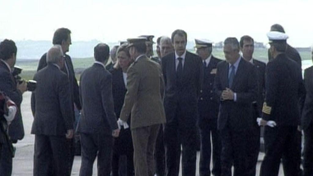 Zapatero, Chacón y Rajoy, con los mandos militares