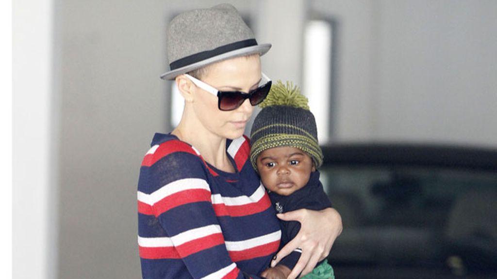 Jackson, el hijo de Charlize Theron
