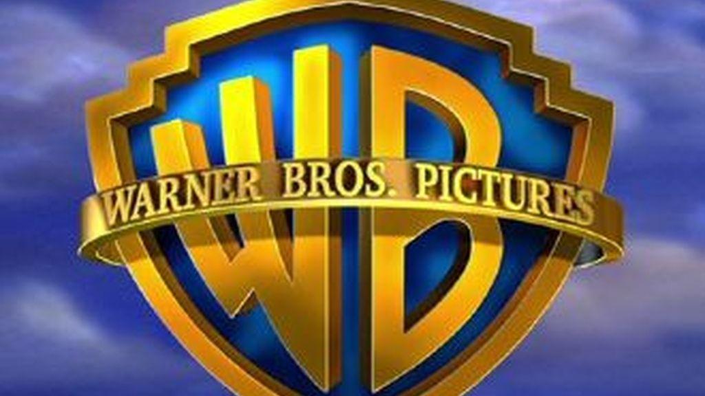 La compañía Warner Bross recluta a estudiantes para que se conviertan en espías contra las descargas ilegales en la Red.