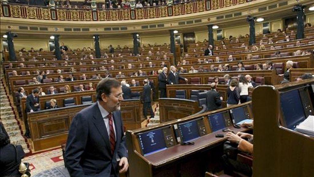 Rajoy ha reprochado al Gobierno de Zapatero el haber emperoado la crisis, en lugar de aliviarla. Vídeo: Atlas.