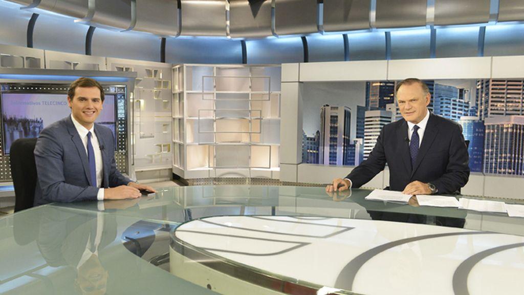 Entrevista a Albert Rivera en Informativos Telecinco