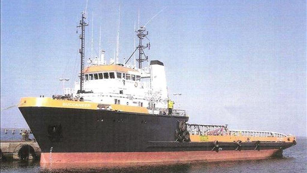 """Fotografía sin frcha del remolcador italiano """"Buccaneer"""", asaltado por piratas el pasado 11 de abril en el golfo de Adén. EFE/Archivo"""