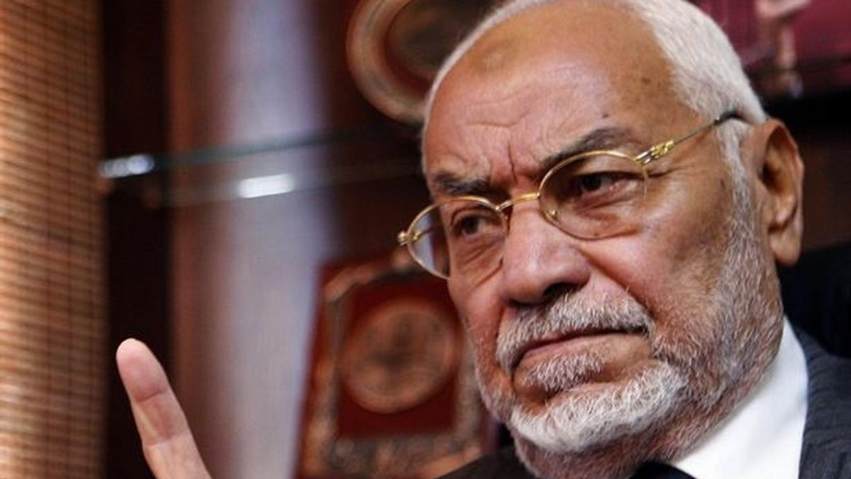 Detenido el antiguo guía supremo de Hermanos Musulmanes Mahdi Akef