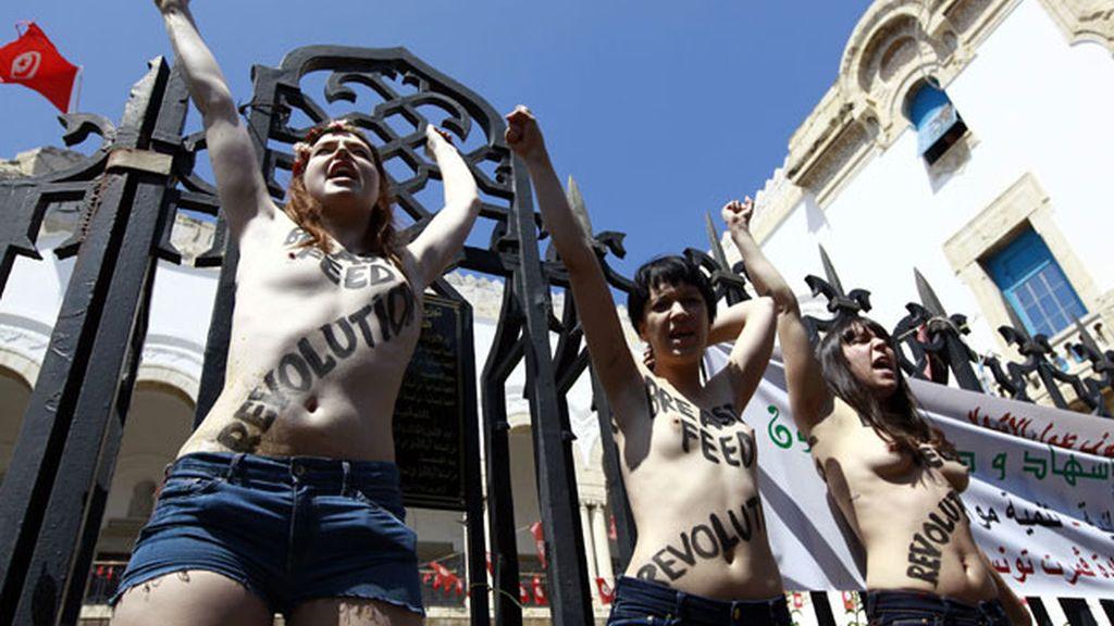 FEMEN realiza su primera protesta en un país árabe