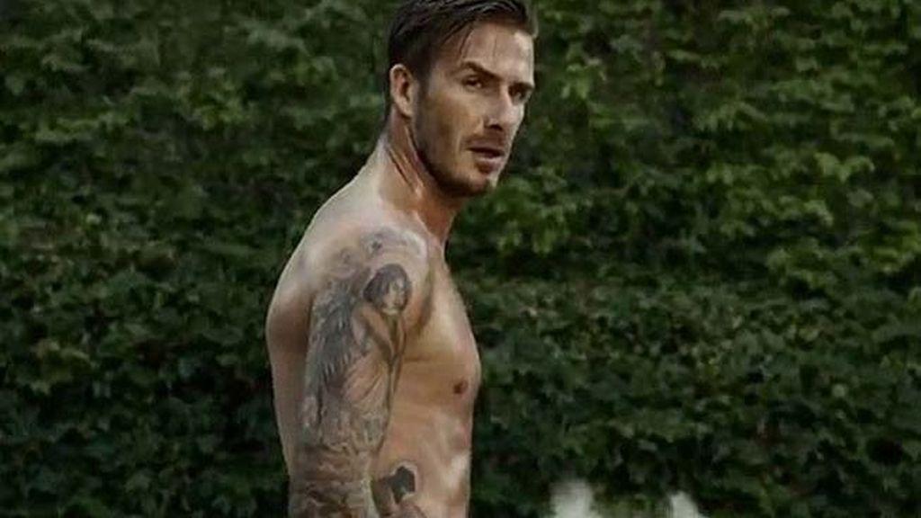 David Beckham corriendo en paños menores para H&M