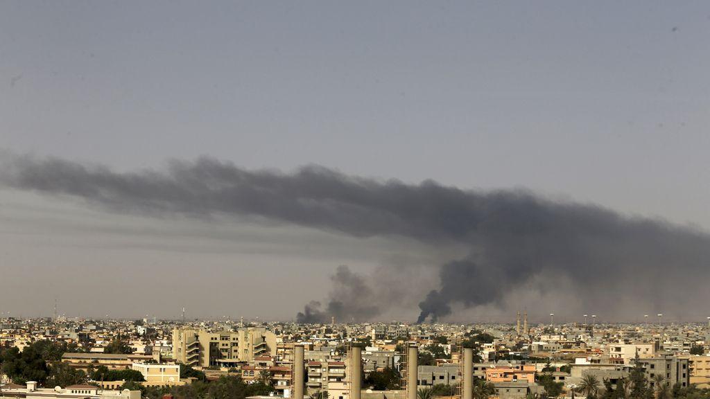 """España pide a sus ciudadanos que abandonen Libia """"inmediatamente"""""""