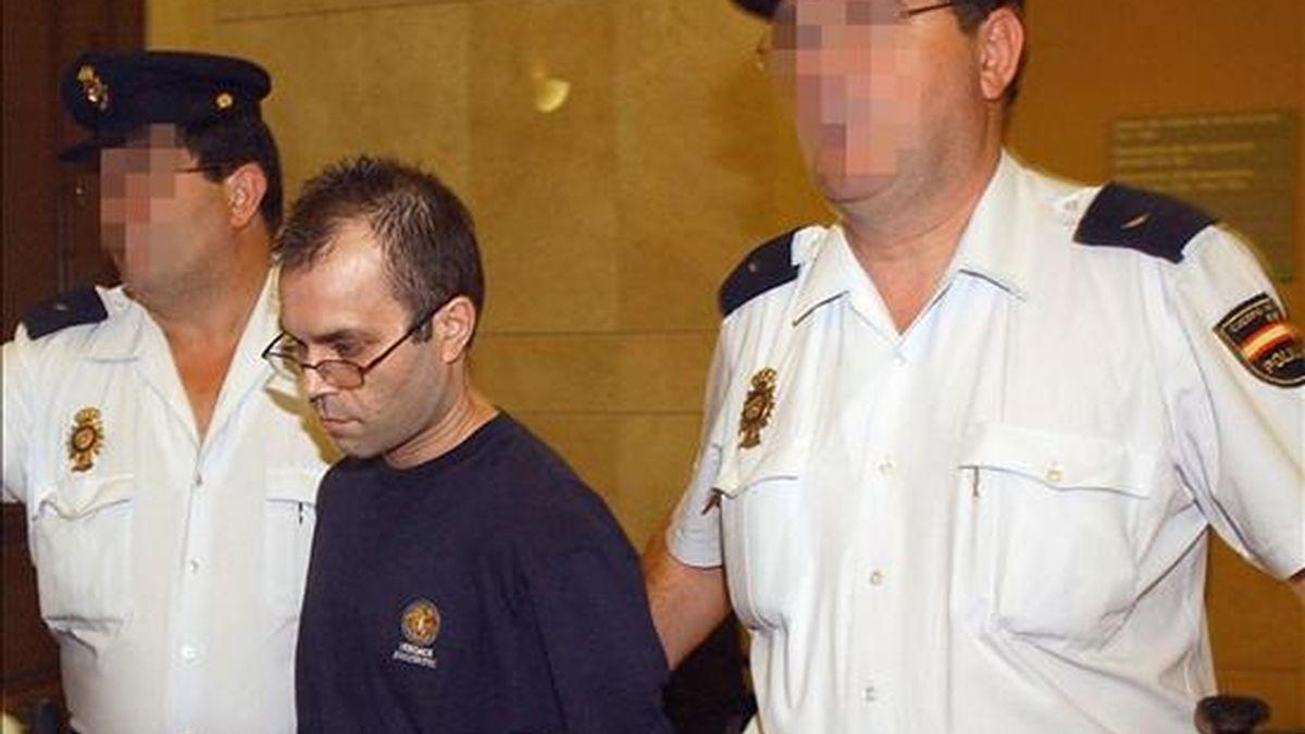 Pedro Jiménez, condenado a 83 años de prisión por el asesinato y violación de dos mujeres policía en L'Hospitalet de Llobregat (Barcelona). EFE/Archivo