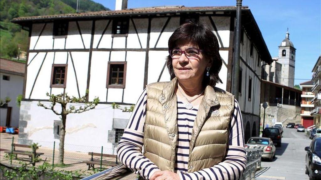 La alcaldesa de Lizartza, Regina Otaola, del PP, habla hoy en una entrevista a Efe de sus cuatro años al frente de este municipio guipuzcoano, feudo de la izquierda abertzale, que dejará tras las elecciones del 22 de mayo y pondrá así fin a su vida política. EFE