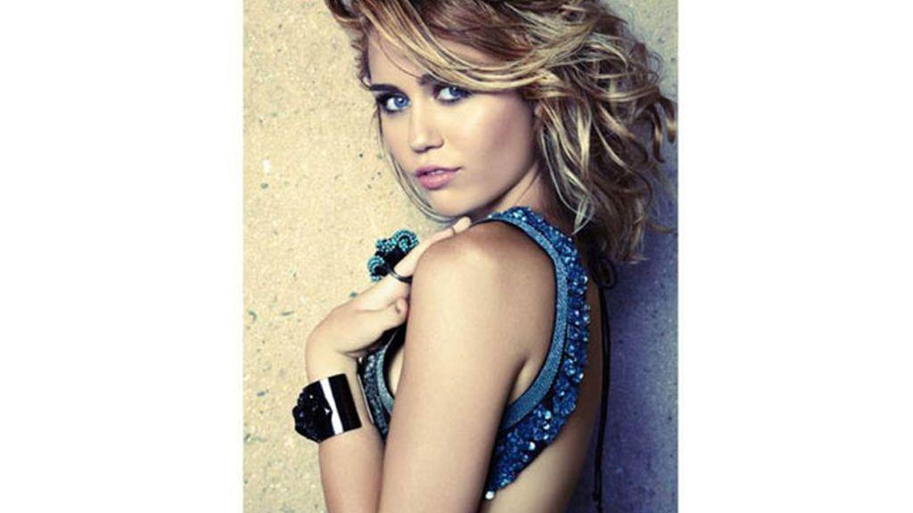 La transformación de Miley Cyrus a 100 Km/h