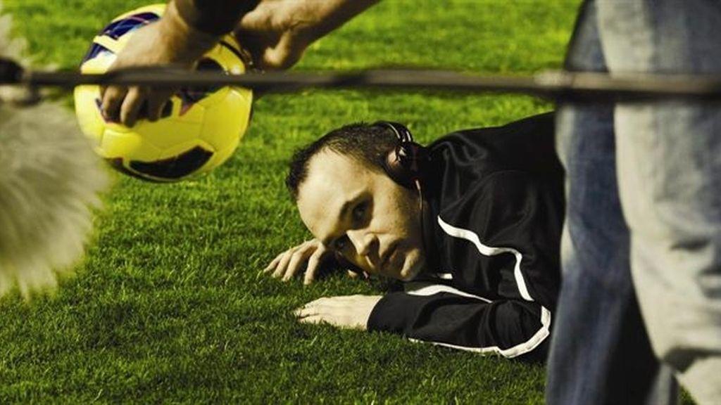 Andrés Iniesta debuta como actor en '¿Quién Mató a Bambi?'