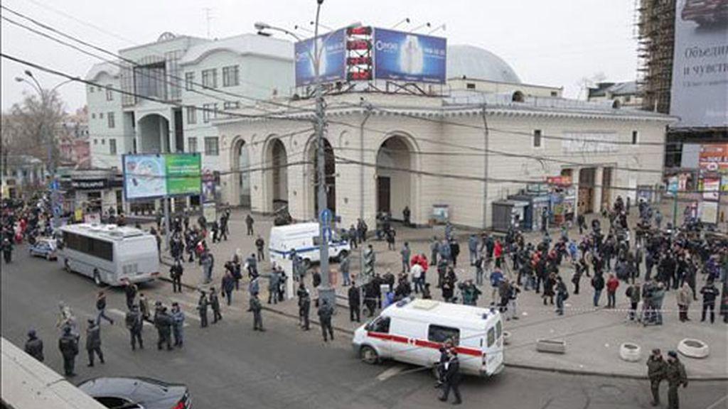 dos atentados sacuden en centro de moscú