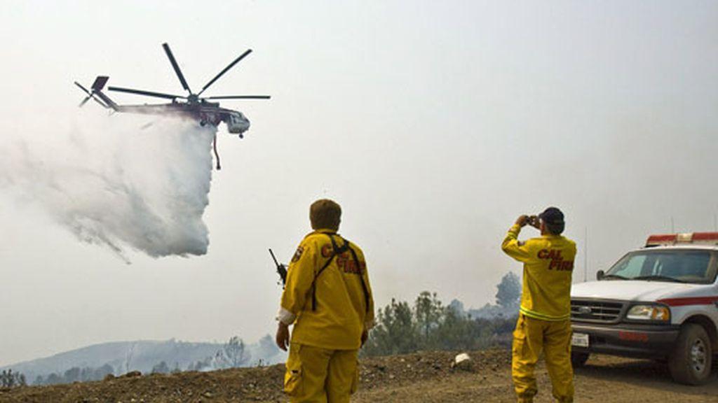 El fuego continúa arrasando la zona norte de California. Vídeo: ATLAS.