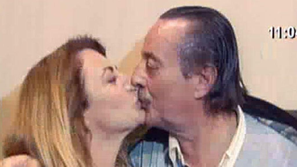 Julián, cumpleaños con Karina