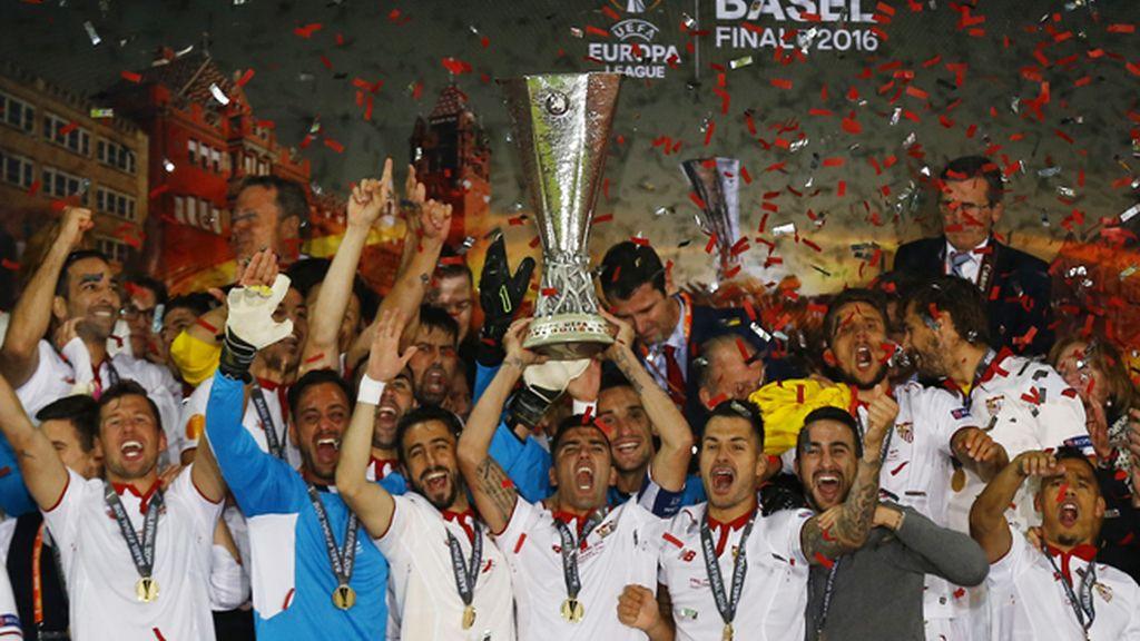 El Sevilla conquista su quinta Europa League tras vencer al Liverpool