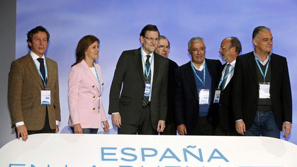 Rajoy junto a la cúpula del PP en la inauguración Nacional del partido