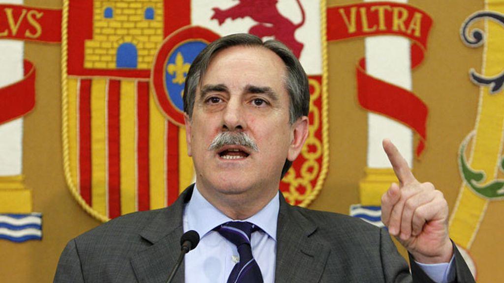 Imagen de archivo del ministro de Trabajo, Valeriano Gómez.