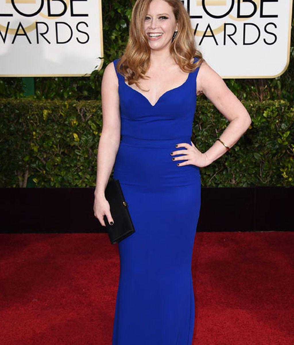 Natasha Lyonne en la alfombra roja de los Globos de Oro