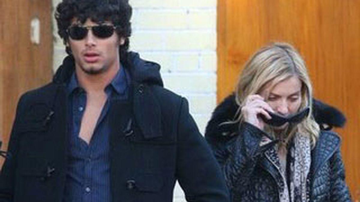 Madonna volaría este martes a Brasil, para conocer a los padres de su novio Jesús y se desatan los rumores sobre la formalización de la relación de la pareja. Foto archivo