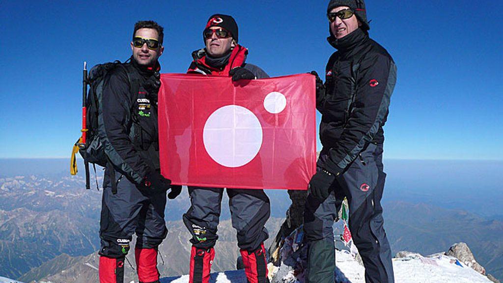 Año 2007: ¡Desafío conseguido en la montaña más alta de Europa!