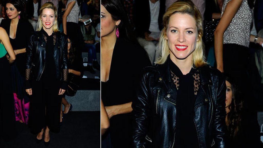 Maggie Civantos con estilismo 'total black'
