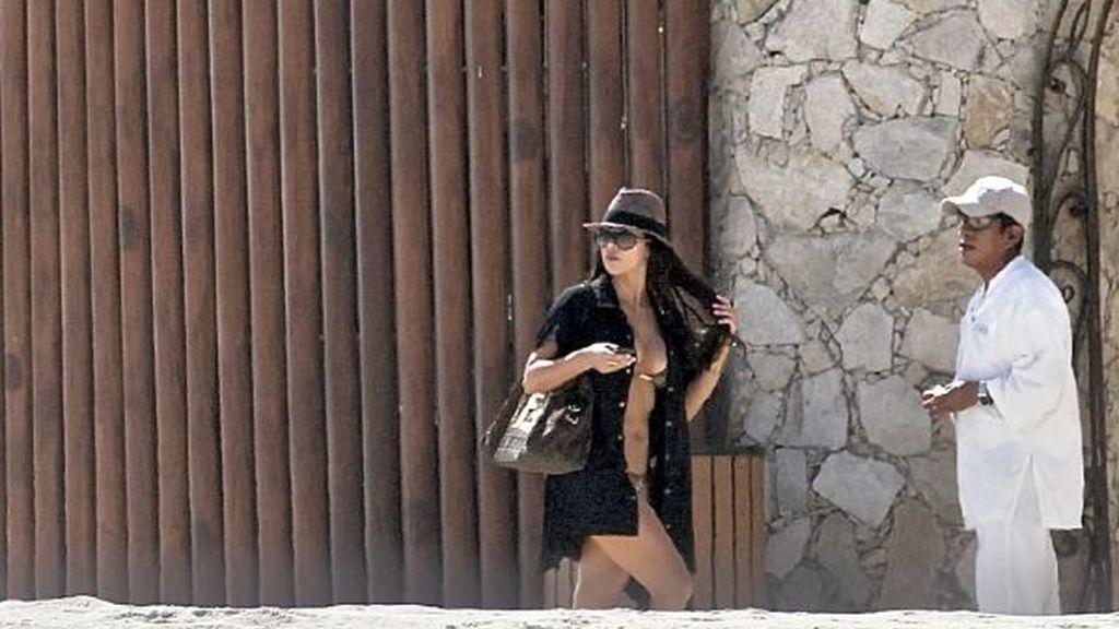 Kim Kardashian, vacaciones con picante