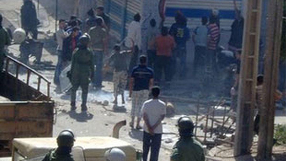 Enfrentamientos en el Aaiún. Foto: Sahara Thawra