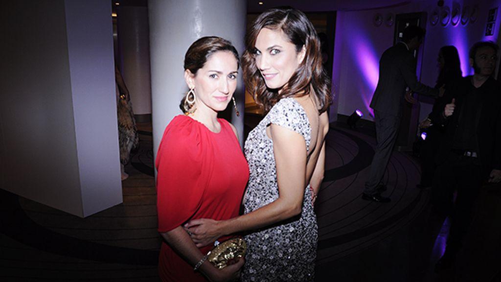 Alejandra Martos y Toni Acosta coincidieron en la diseñadora de sus vestidos: Alicia Rueda