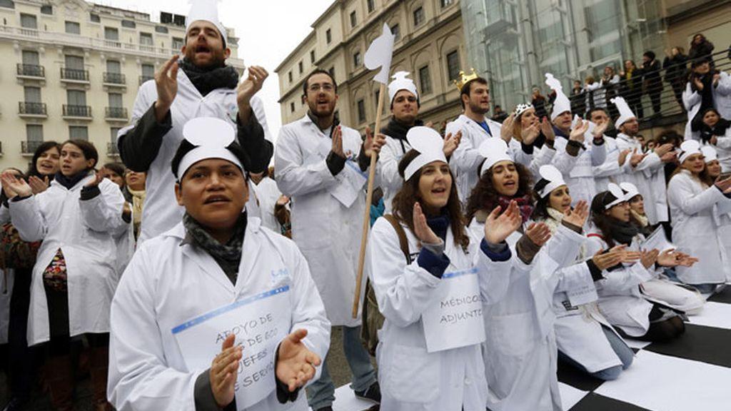 La marea blanca sacude Madrid, un nuevo día de protestas