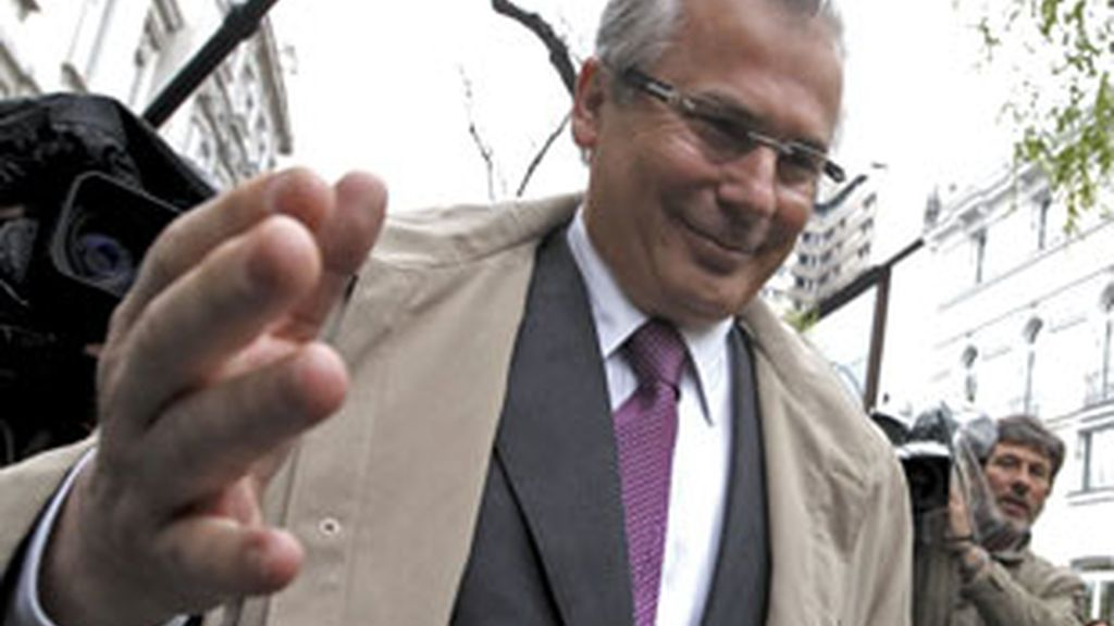 El juez Baltasar Garzón, tranquilo tras declarar. Vídeo: Informativos Telecinco.