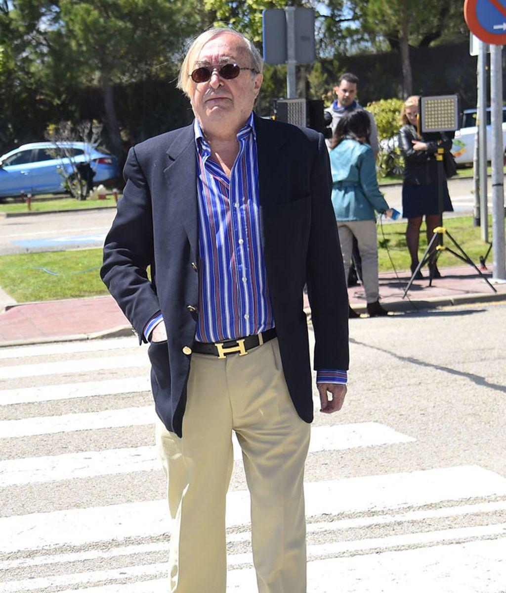 El periodista José Oneto