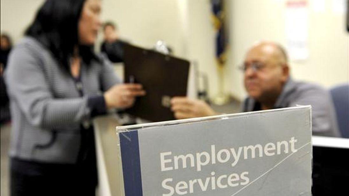 Según las estadísticas divulgadas hoy por el Gobierno, el desempleo quedó en el 9,4 por ciento en diciembre, frente al 9,8 por ciento registrado en noviembre. EFE/Archivo