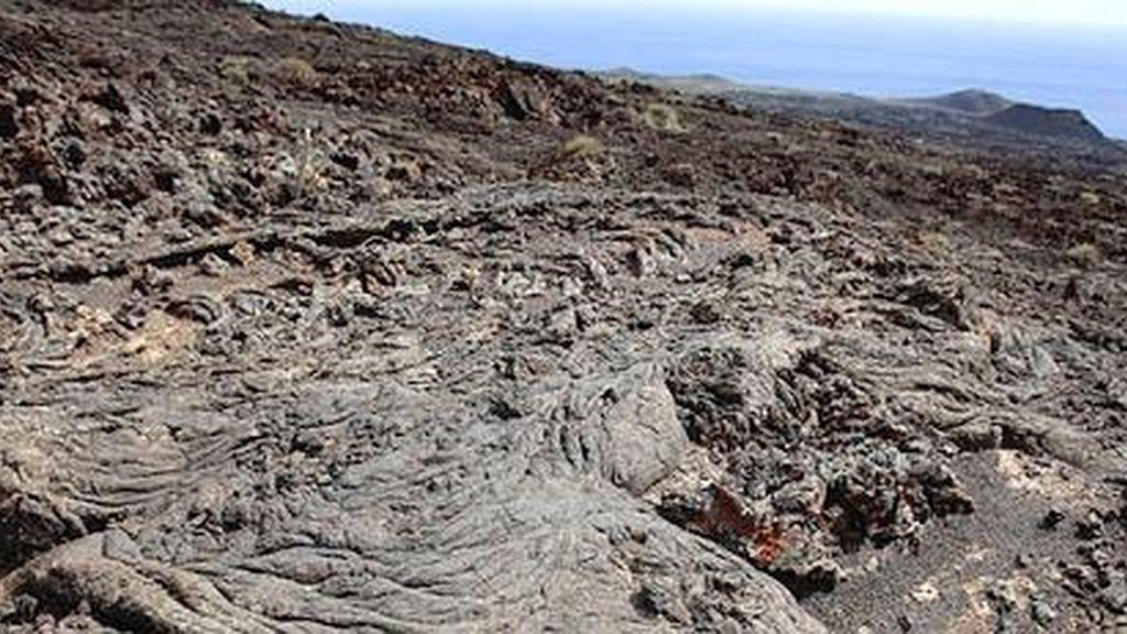 Confirman el inicio del proceso eruptivo submarino en El Hierro