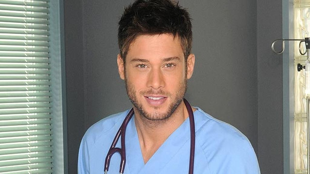 Gorka (José Lamuño), el nuevo enfermero