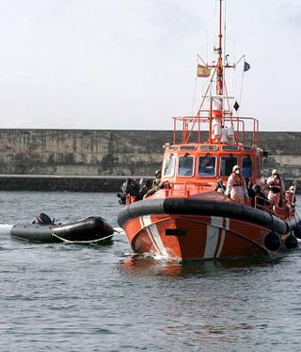 Imagen de un barco de Salvamento Marítimo. Foto: EFE