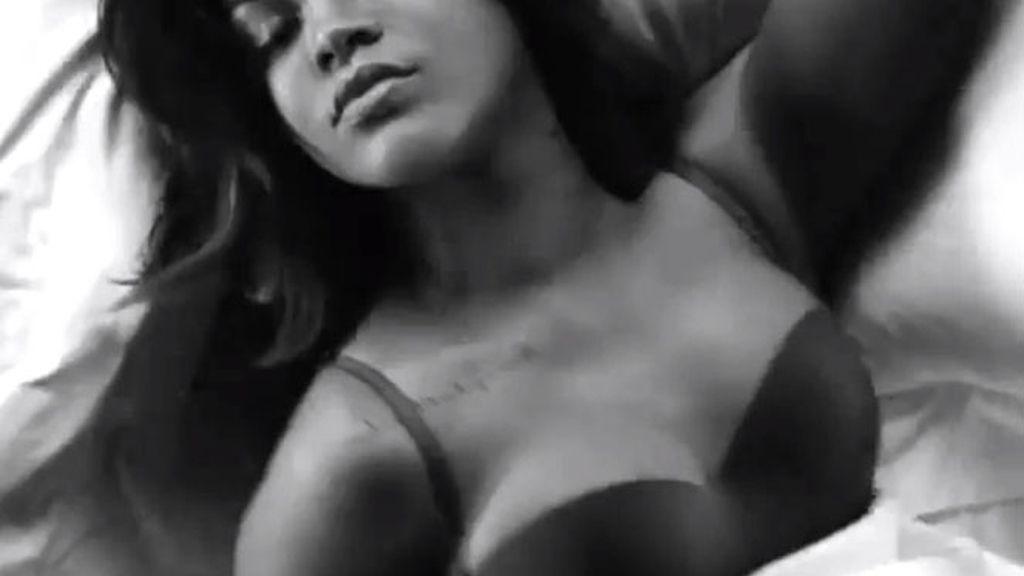 Armani mete en la cama a Rihanna