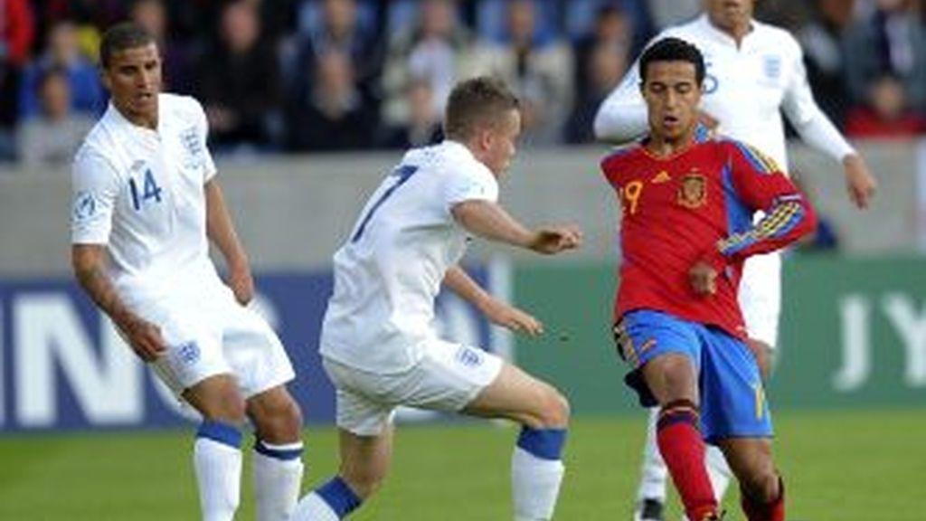 La Rojita no pasó del empate con Inglaterra. Vídeo: Informativos Telecinco